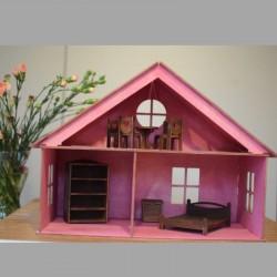 Domek dla lalek z mebelkami